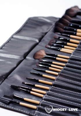 widget love makeup brush set