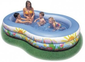 intex swimming pool 300x220 Intex 14 Gallon Vinyl Pool for $19 (Regularly $29.99)