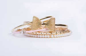 Golden Bow Bangle Set