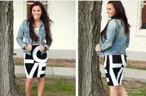 LOVE print skirt