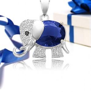 blue saphire elephant pendant