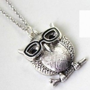 vintage retro silver owl necklace