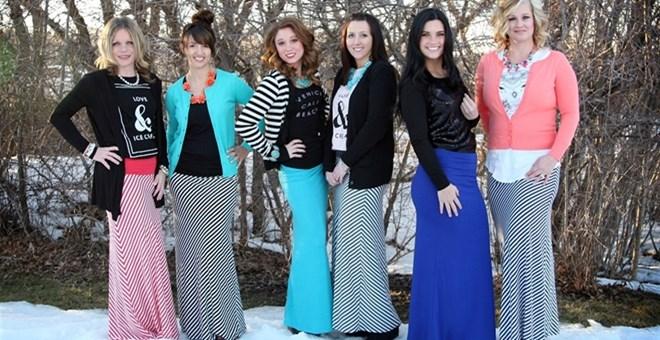 trendy stripe maxi skirts