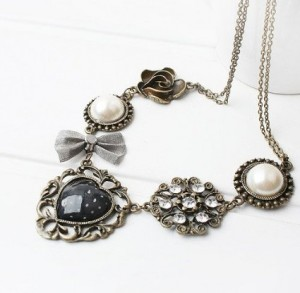 Bronze Pearl bowknot roses heart shaped retro Necklace