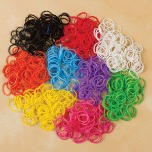 2400 loom bands and s clips