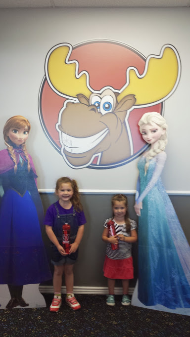 Dentist Elsa and Anna