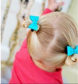 plastic hair clips Plastic Bow Headband (2 packs) and Hair Clips (4 packs) for $0.99! Plus Vintage Hair Clips for $1.49! *HURRY*