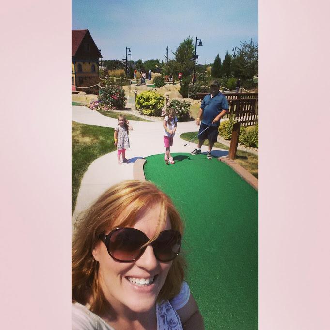 Boondocks mini golf
