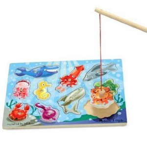 Melissa & Doug Deluxe 10-Piece Magnetic Fishing Game