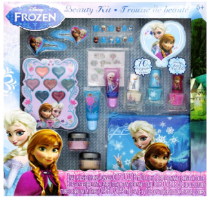 e1029131638 frozen makeup This set is every princess's dream! Let her little heart be  filled this Christmas with this Frozen play make-up.