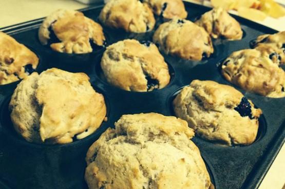 whole wheat raspberry muffins final