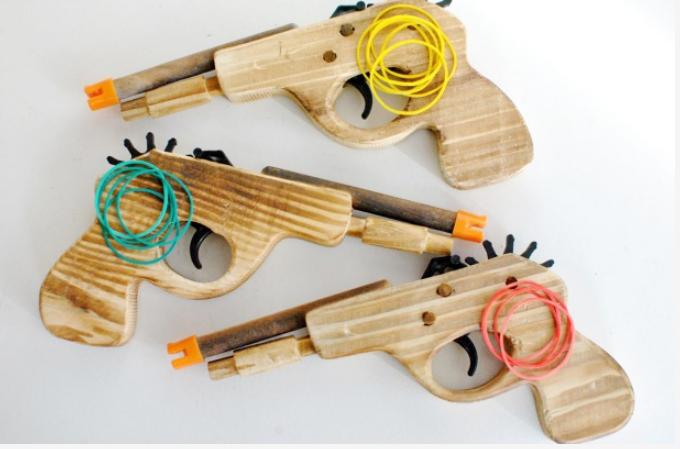 Classic Kids Rubber Band Toy Gun