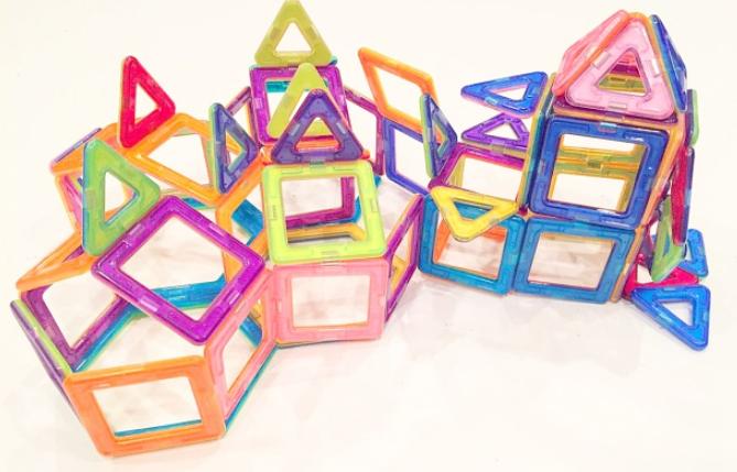 Creative Magnetic Toys 32 Piece Set!