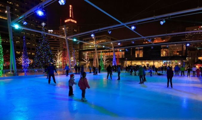 discounted-ice-skating-at-the-gallivan-center
