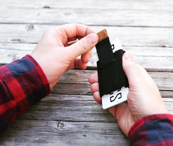 Basics wallet pull tab