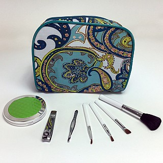 8 Piece Cosmetic Kit with Bag