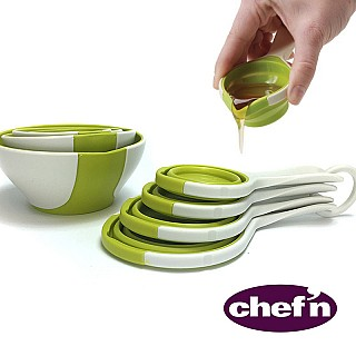 Pinch 'N Pour Measuring Cups and Bowls Set