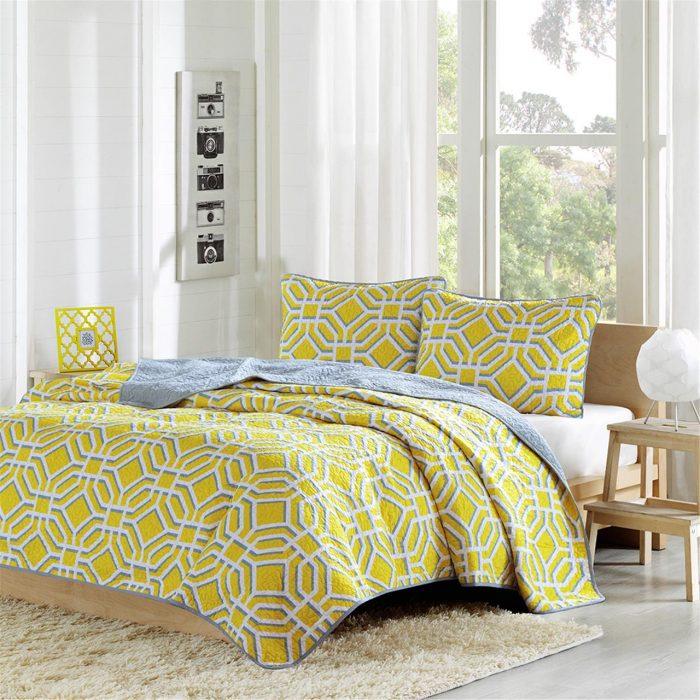 Yellow Geometric Coverlet Set