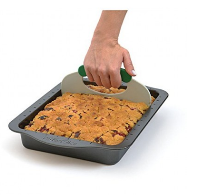 2-Piece Bake Pan with Slicer Cutting Tool