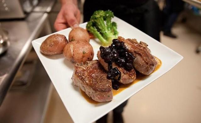 Hoof & Vine Steakhouse