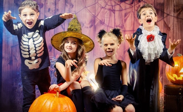 spooky-kids-con-discount-adult-ticket-two-kids-free-with-ticket-purchase