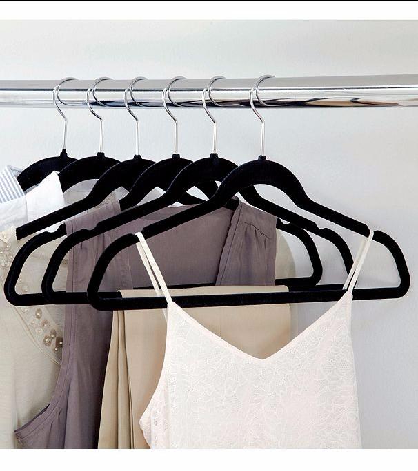 livingquarters-50-pk-hangers