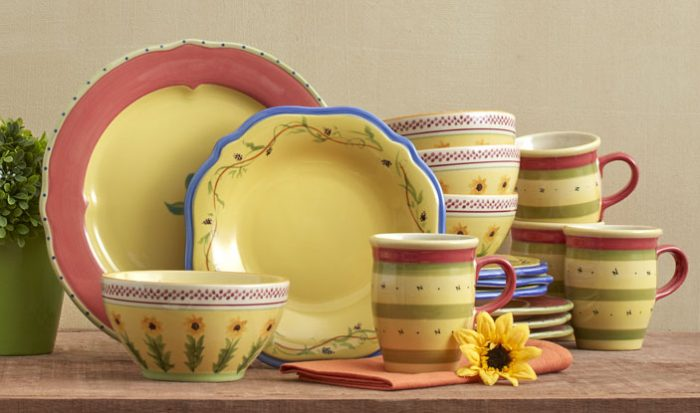If you are looking into updating your set you should check out this amazing deal over at Kohl\u0027s! Pfaltzgraff Pistoulet 16-pc. Dinnerware ... & Pfaltzgraff Pistoulet 16-pc. Dinnerware Set $62.99 (reg $243.99 ...