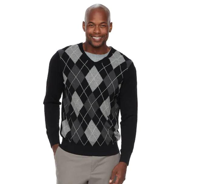 60fd4a8d8 Men s Croft   Barrow® Classic-Fit Argyle Fine-Gauge V-Neck Sweater ...